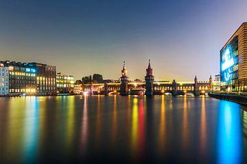 Oberbaumbrücke Berlin bei Nacht von Frank Herrmann