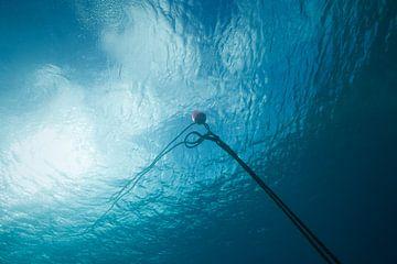 Boei onderwater van