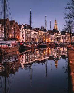 Hoge der A, péniches, entrepôts, maisons de canal, Groningue sur Harmen van der Vaart