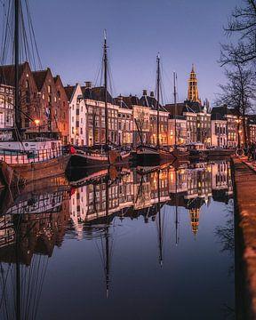 Hoge der A, woonboten, pakhuizen, grachtenpanden, Groningen van Harmen van der Vaart