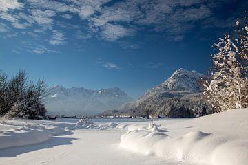 Zugspitzblick im Winter bei Farchant