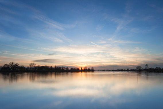 Zonsondergang rivier de Lek van Peter Haastrecht, van