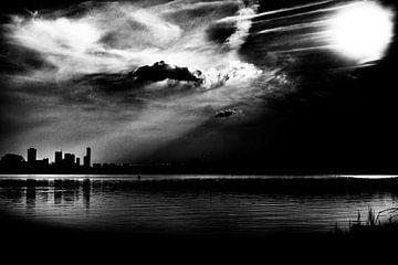 Stad van het licht in zwartwit van Nathan Okkerse