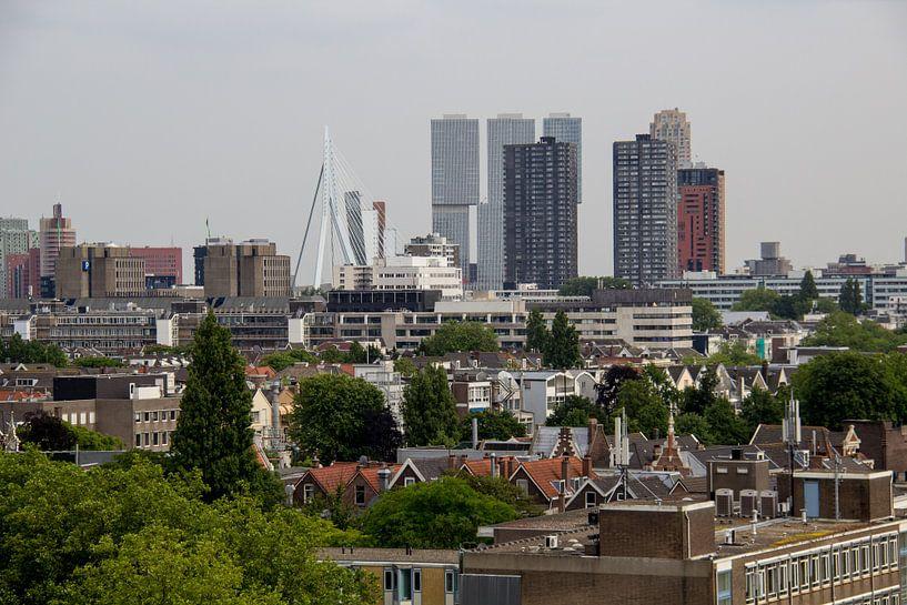 Skyline Rotterdam vanaf Groot Handelsgebouw van Henk Alblas