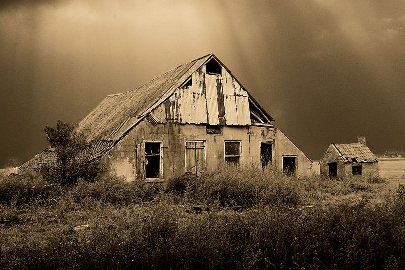 Old farm 001 van Cor de Keijzer