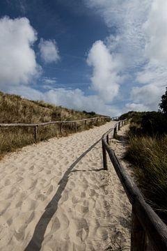 Strandopgang Vlieland van Anna Groenia