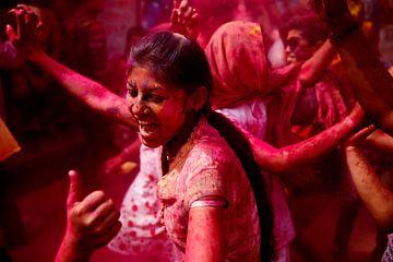 Holi festiviteiten - India van Marvin de Kievit