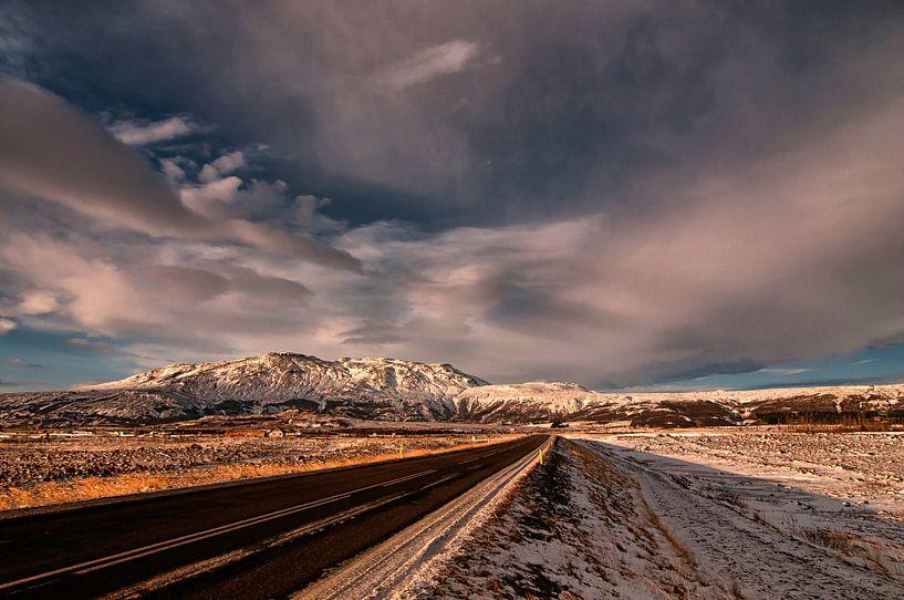 onderweg op IJsland  van Frank Tauran