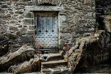 what's behind that door?5