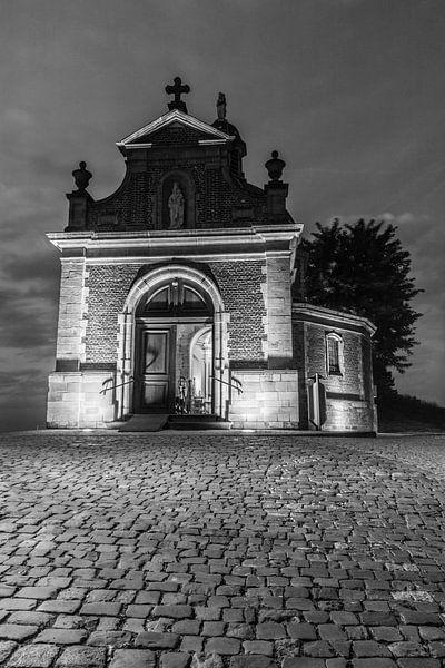 the chapel on the hill van Koen Ceusters