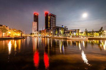 Volle Maan en de skyline van Leeuwarden von Harrie Muis