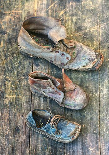 drie schoenen van
