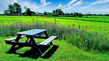 Picknicktisch umgeben von Blumen von Digital Art Nederland