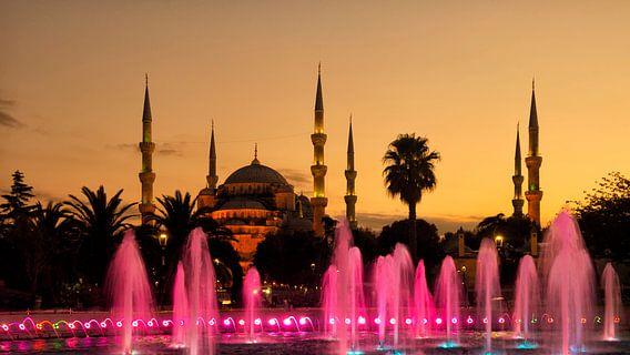 Blauwe Moskee of Sultan Ahmed Moskee in Istanbul van Sjoerd van der Wal