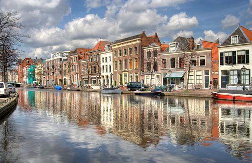 Canal in Leiden von Jan Kranendonk
