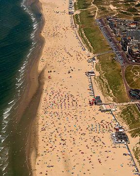 Luchtfoto overzicht strand Egmond van aerovista luchtfotografie