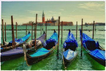 blue gondolas van