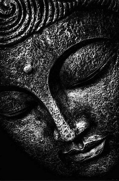 Schwarzer September - Buddha von Michael Ladenthin