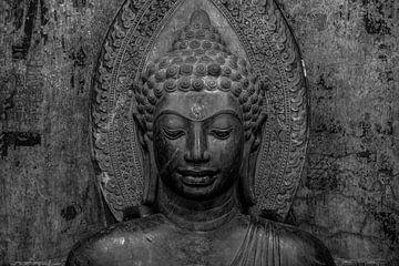 Schwarz-Weiß-Bild des buddhistischen Bildes von Nick van der Blom