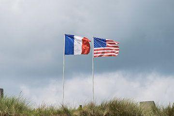 Drapeaux français et américain en Normandie sur Patrick Verhoef