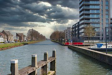 Kanaal de Zuid-Willemsvaart in Weert van J..M de Jong-Jansen