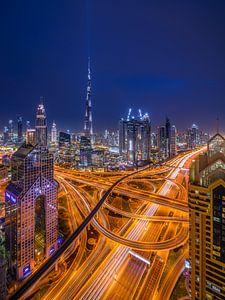 Futuristic Dubai van