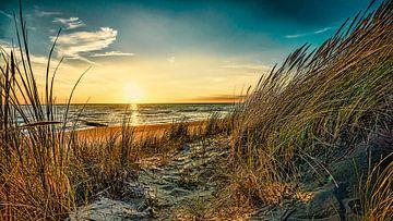 Noordzee met de duinen in Digital Art van eric van der eijk