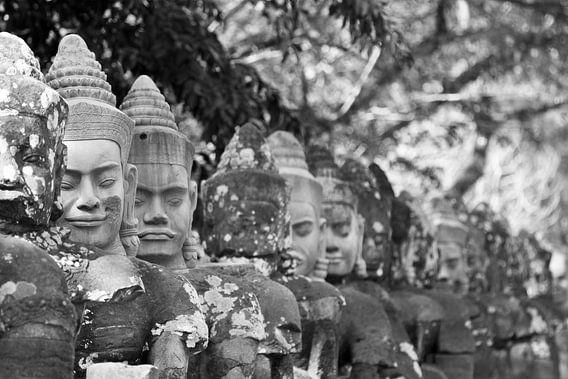 Figuren in der Tempelanlage von Angkor