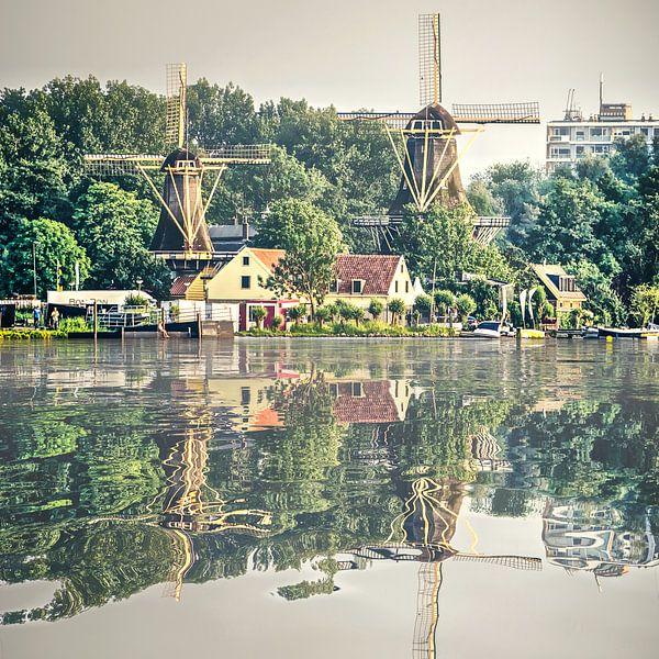 Waterspiegeling Kralingse Plas van Frans Blok