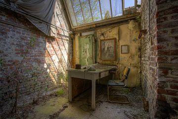 Day At The Decay Office   (466308) van Wesley Van Vijfeijken