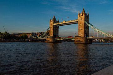 Tower Bridge te Londen sur anouk bos