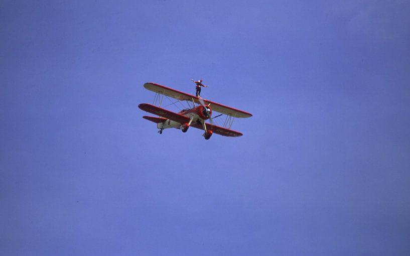 Wing walking auf Boeing Stearman van Joachim Serger