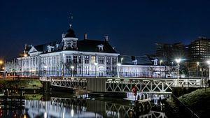 Koninklijk muntgebouw Utrecht bij nacht van Robert van Walsem
