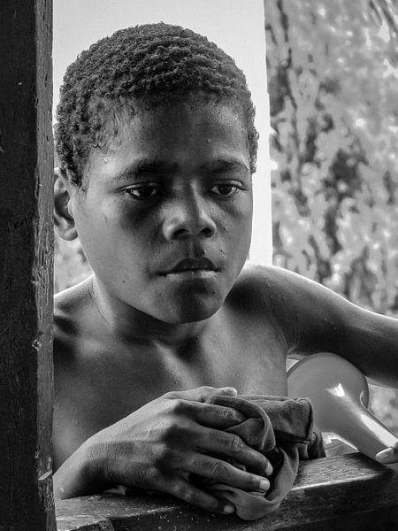 Sentani Lake island boy van Global Heartbeats