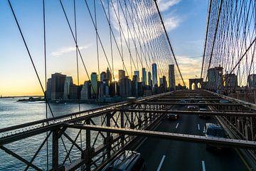 Brooklyn Brige en Manhattan. van Joost Potma