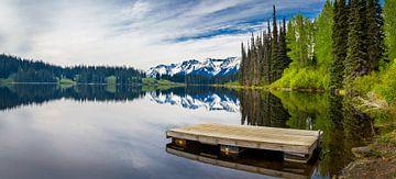 Aanlegsteiger in meer, Canada van Rietje Bulthuis
