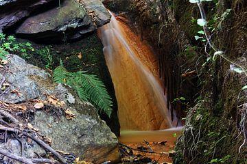 Iron Waterfall II sur