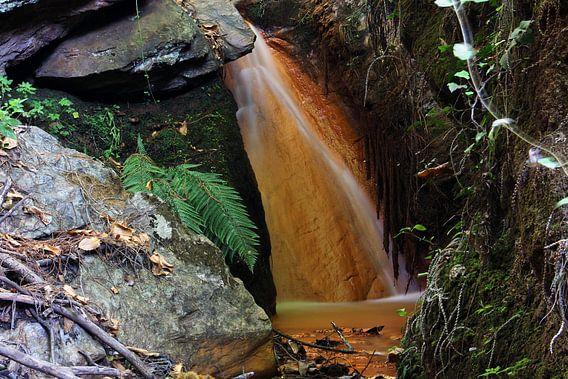 Iron Waterfall II