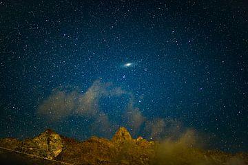 Andromeda-Galaxie über den Schweizer Bergen von Sébastiaan Stevens