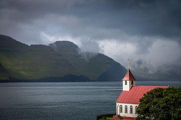 Kirche Kunoy von Kim Claessen