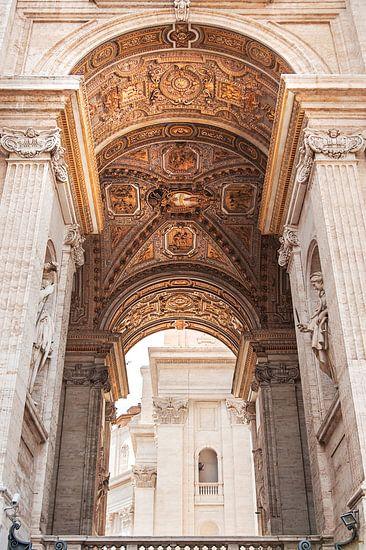 Gouden  plafond in Vaticaanstad van Anouschka Hendriks