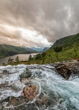 Waterval in Noorwegen van Marcel Kerdijk