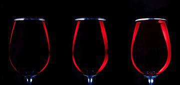Vin rouge, 3 verres sur Gert Hilbink