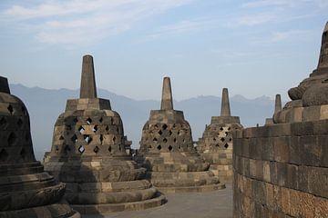 Borobudur stoepa Indonesië met zonsopkomst van Ruud Wijnands