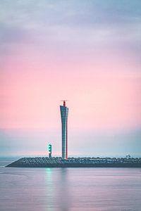Radarturm auf der Ostmole in Ostende von Daan Duvillier