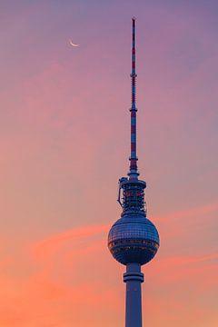 Zonsopkomst in Berlijn bij de Televisietoren