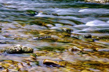 Stenen in de stroom van Jürgen Wiesler
