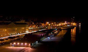 Beleggers haven van Lissabon 's nachts