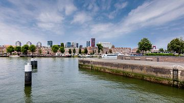 Horizon Rotterdam de la rive sud. sur Danny den Breejen