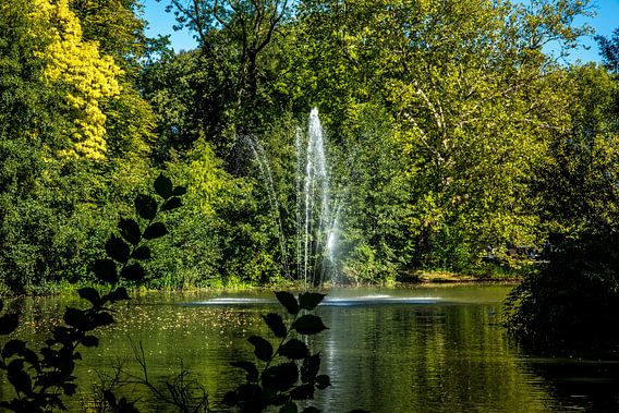 Utrecht-Julianapark met Fontein 2